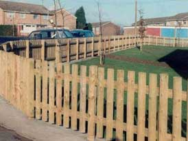 SAS Wooden Round Fencing | SAS Shelters